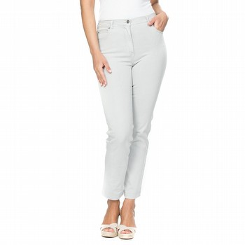The Slim Leg Miracle Jean by Gordon Smith is designed to make you look slimmer.                                                                                  Special front panels have been deliberately inserted to give your silhouette a                                                                                   flatter appearance. The extra stretch miracle denim is designed to tone and                                                                                      shape. Featuring a slim leg line and an ankle length finish, this super                                                                                          comfortable stretch denim high waisted jean ensures comfort all day.                                                                                             Available in numerous colours through-out the season. Model wears Size 10                                                                                        and stands 178cm tall.
