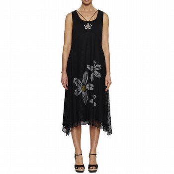 Based on a best-selling style, this A line sleeveless jersey dress will add a                                                                                    little bounce to your step. With a beautiful print on the draping skirt, a                                                                                       round neckline and falling to mid-calf on most, the dress also has a lovely                                                                                      lace slip over the skirt, for additional femininity. Also delivered with the                                                                                     dress is an attachable daisy necklace, for the final touch of style.
