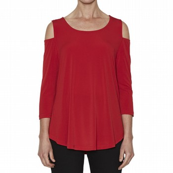 The Cold Shoulder Top by Threadz is the latest in on-trend style! In a fluid                                                                                     polyester this simple pop over top features cut outs at the shoulder, a rounded                                                                                  neckline and a three quarter sleeve. With a slightly A line shape to the bodice                                                                                  this top will not cling to the bodice but flows gently away from the bust.                                                                                       Perfect as a trans seasonal style staple this top is available in orange, black,                                                                                 navy and red throughout the season.