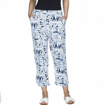 The Tropical Print pant will take you anywhere in comfort and style.                                                                                             This