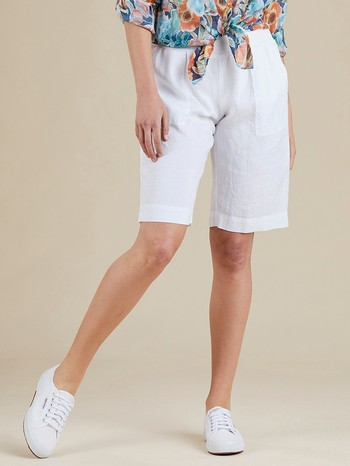 The Pull On Jersey Waist Linen Short by Gordon Smith will be your go-to                                                                                          for comfort and style this summer. In a light weight fine weave linen this                                                                                       handy style can be dressed up or down for any occasion. With a soft                                                                                              ribbed jersey covered elastic waistband this classic style features a                                                                                            relaxed comfortable fit and a knee length finish on most. Available in Black,                                                                                    Natural, Navy and White. Currently this style is an ONLINE EXCLUSIVE                                                                                             Models wear Size S and stand 178cm and 180cm tall.