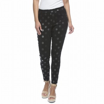 The Spot Pant by Threadz is a comfortable winter weight stretch pull-on                                                                                          pant with a straight leg fit and an embossed all over spot and a 3cm elastic                                                                                     waistband. Model wears Size S and stands 178cm tall.