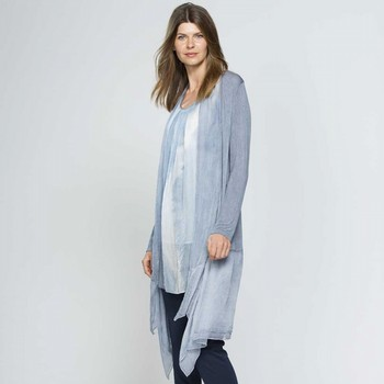 The Cascade Cardigan by Hammock and Vine is one of our loveliest of styles. In a light weight fine gauge knit this grey blue cardi features matching georgette trim detailing at the collar and hemline creating a floaty and feminine feel. Pair back with the matching Ombre Layer Top 33327 for work, lounge wear or the office for a great look every time.