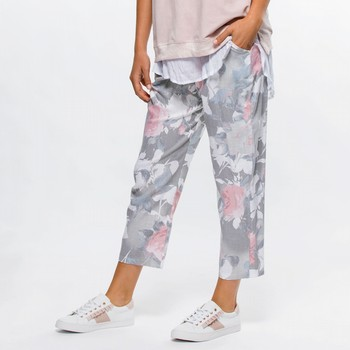 Rose Print Pull-On Pant