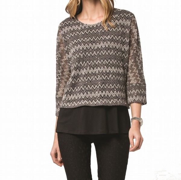 LACE KNIT LAYER TOP